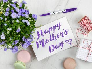 Comemorações de dia das mães pelo mundo