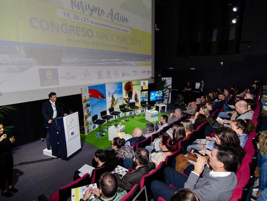 Más de 200 personas participan en el Congreso Nacional de Turismo Activo celebrado en Gran Canaria