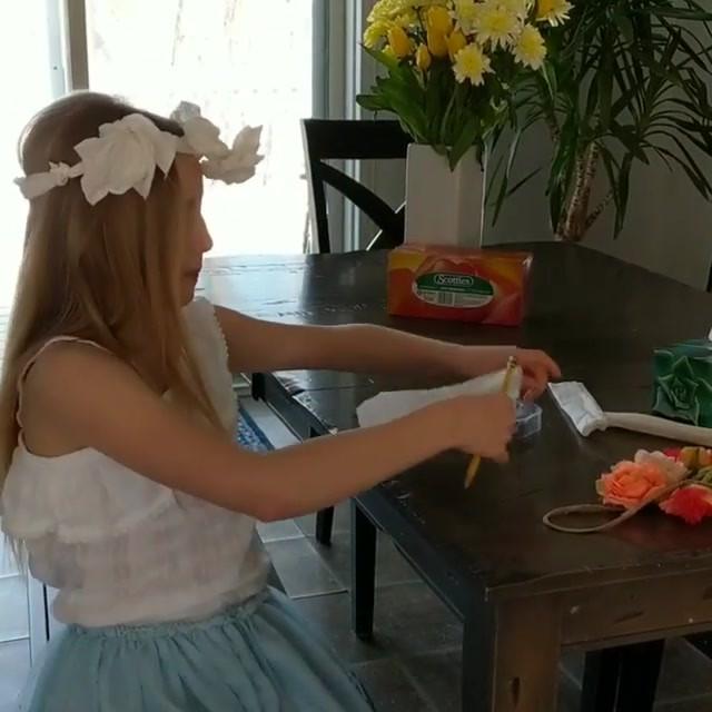 Couronne De Fleurs En Tissus 🌱__If you'