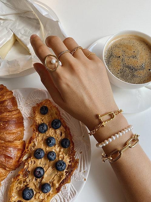 Vermeil Chain Bracelet.