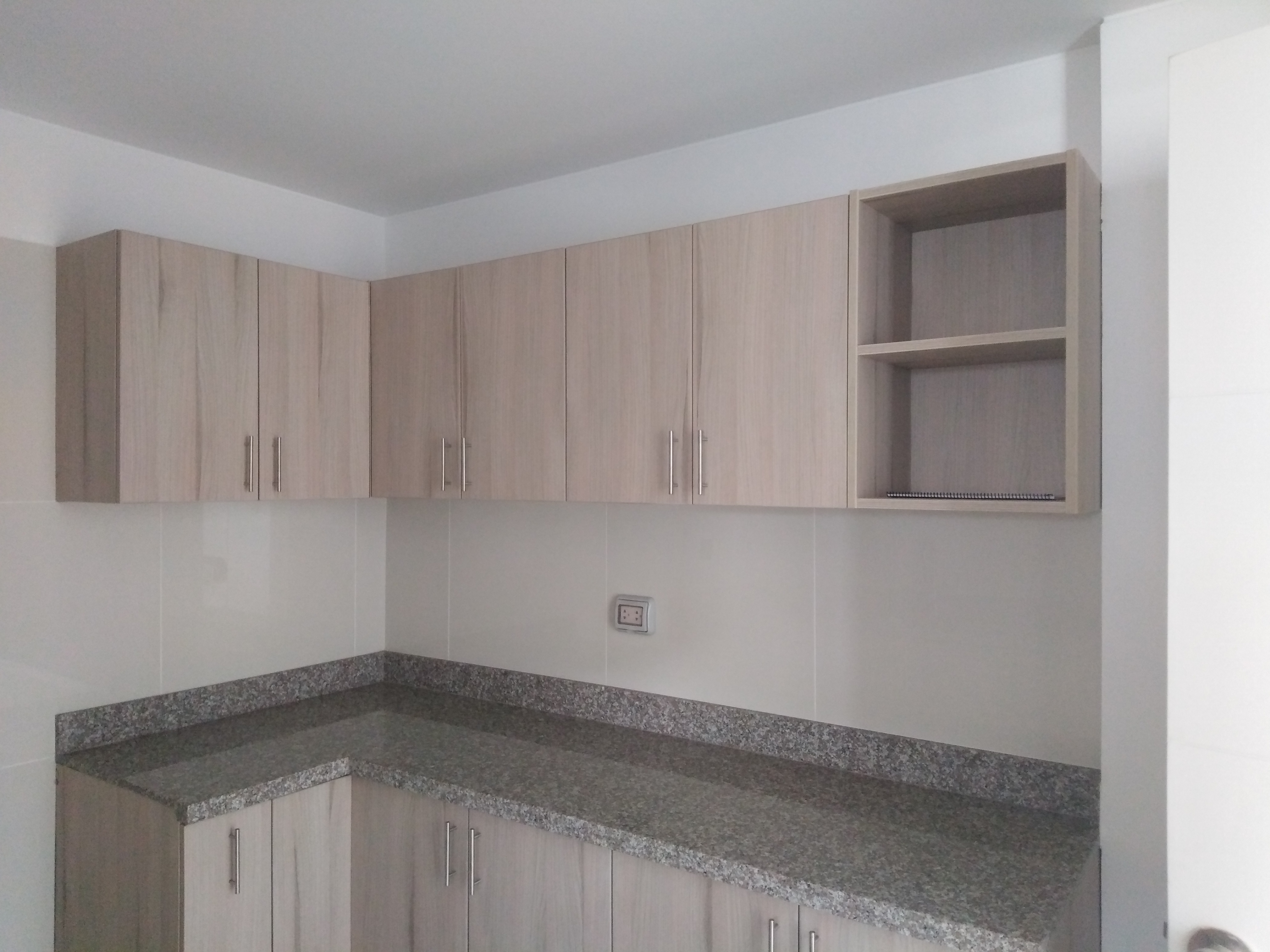 aparador de cocina  en  melamina.jpg