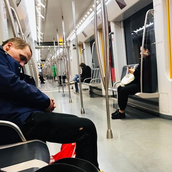 Daniel Iriarte | Urban Photography | Metro Diaries