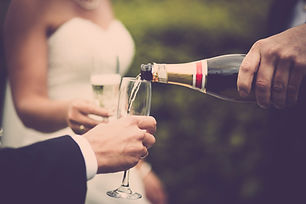 newly-weds-drinking-champagne-636006.jpg