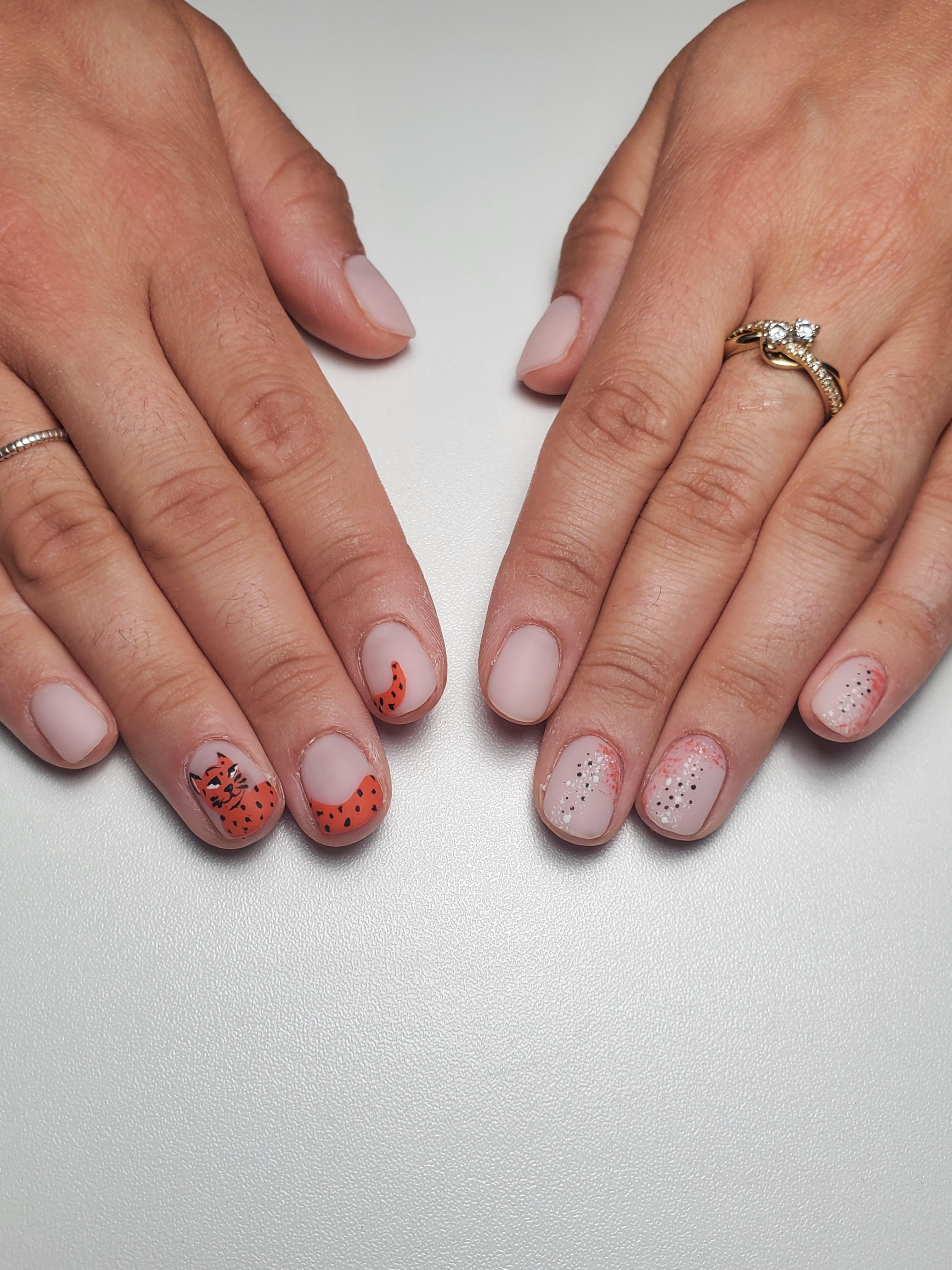 Gel Manicure w/Complex Designs