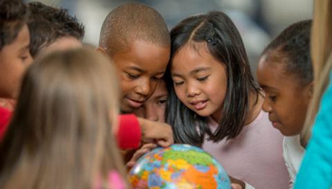 kids_globe.jpg