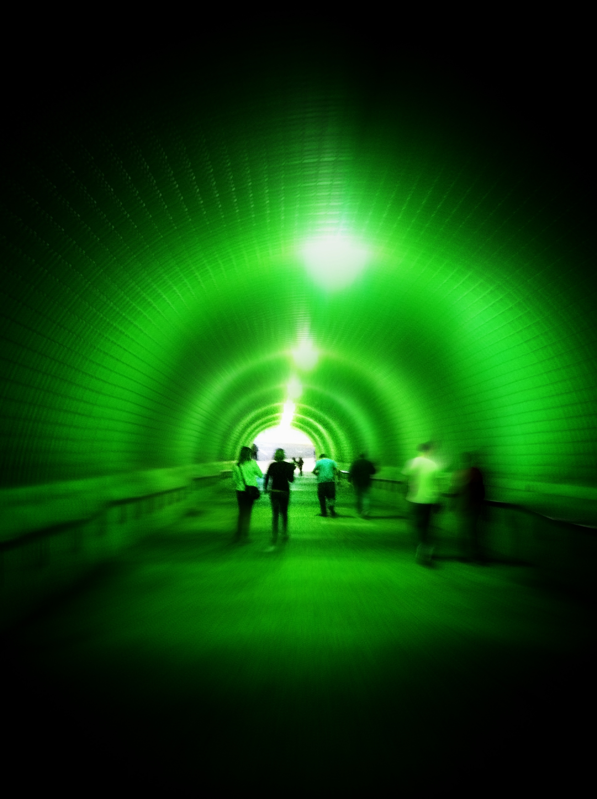 Giant Tunnel