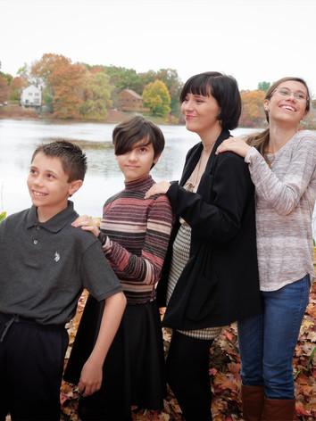 002_Simion Family234.jpg