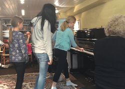 Piano group lesson