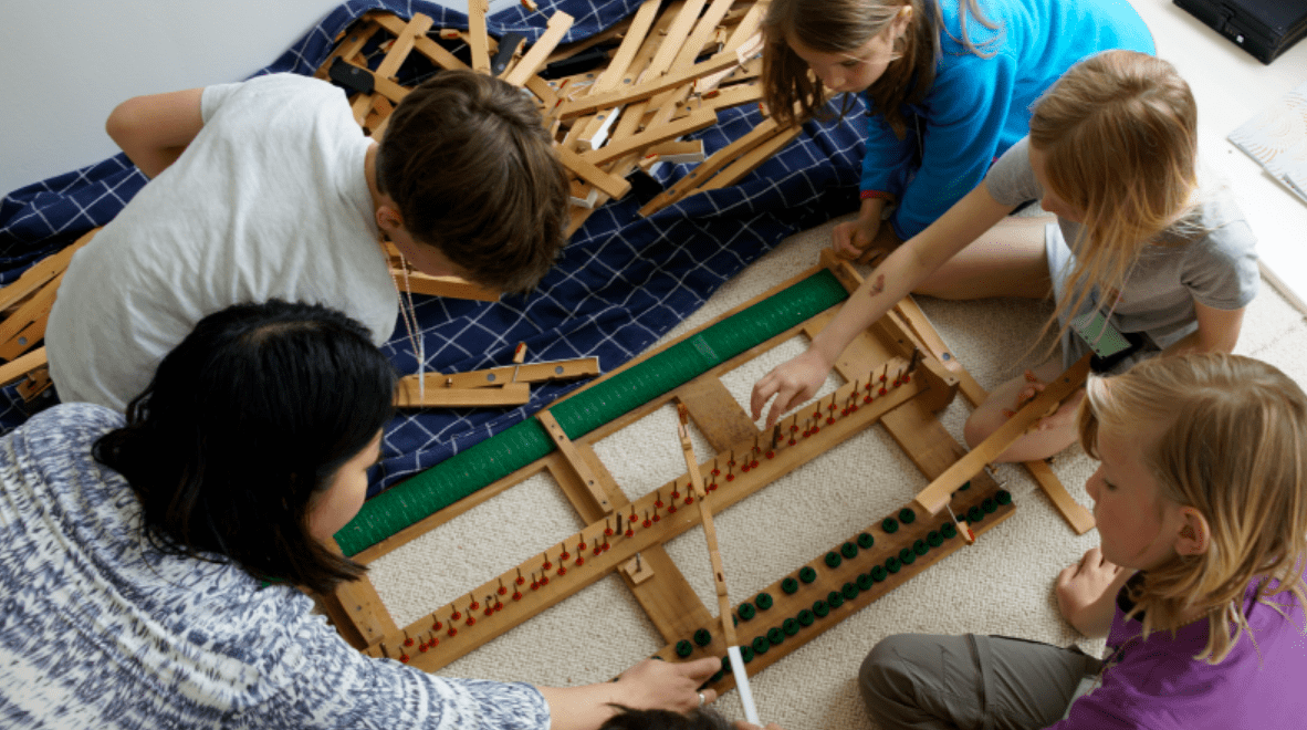 Building a grand piano keyboard