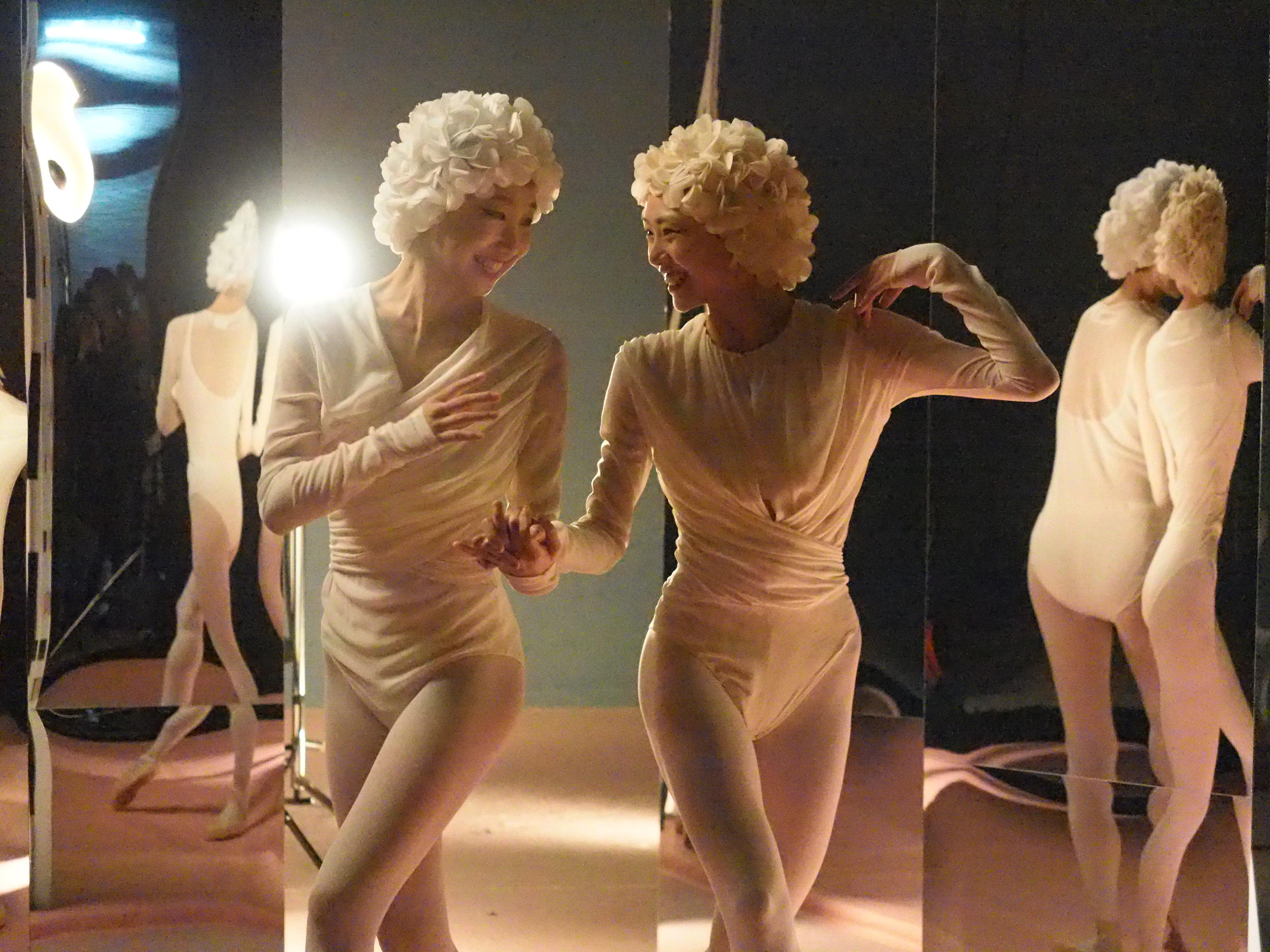 Ballet Twins