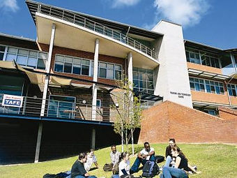 riverina-campus.jpg