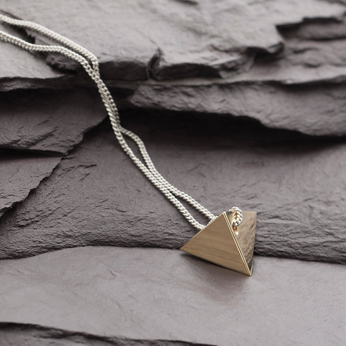 TETRAHEDRON NECKLACE