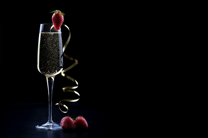 Champagne ad strawberries