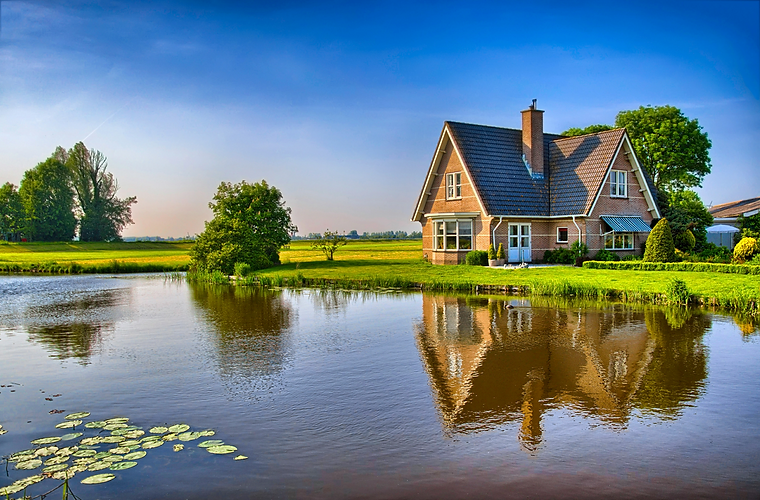 COUNTRY HOME.webp