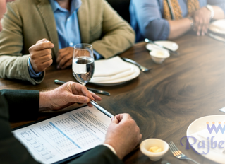 5 reasons to have a business lunch