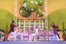 Theatrical Set Build: London