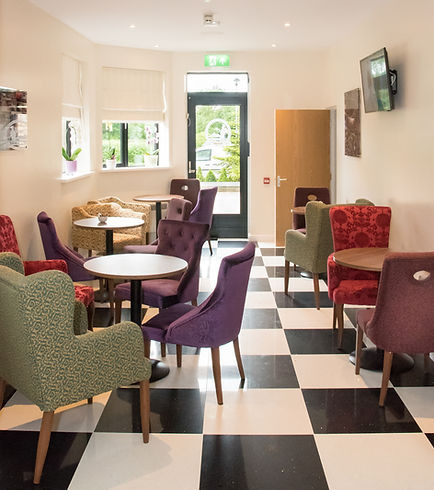 The Lounge Sharnbrook Hotel