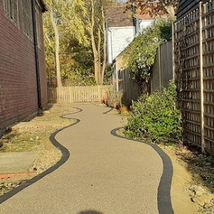 garden of remembrance the path lais.jpg