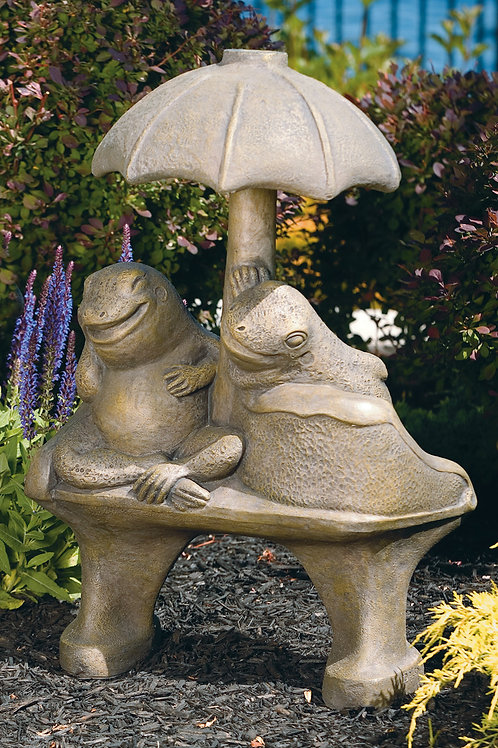 Double Frog Love Seat