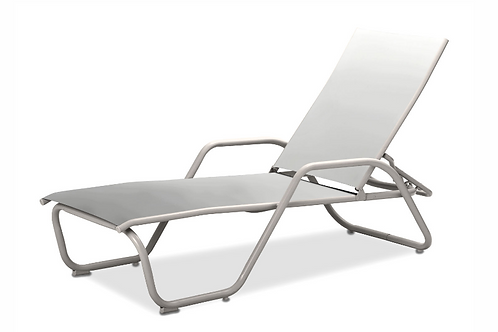 Gardenella chaise w/arms with White Frames