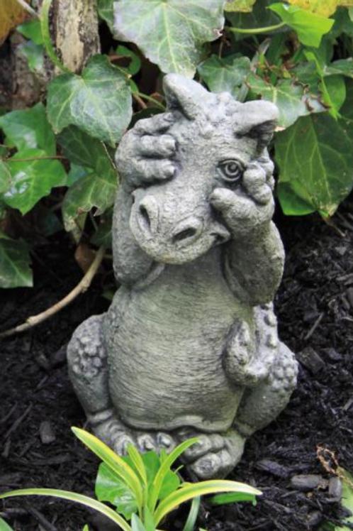 Lil Dragon - Peek-A-Boo