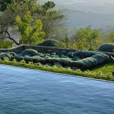 Everything You Need to Know About Infinity Pools