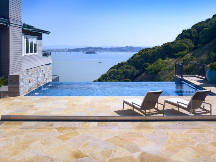 Above: A pool with an infinity edge; Lewis sited it to take advantage of a dramatic view. Photograph by John Sutton.