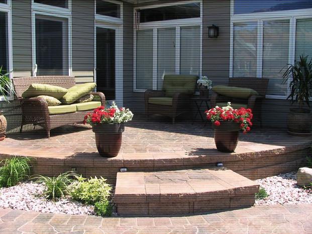 Fieldstone pavers, versalok retaining wa