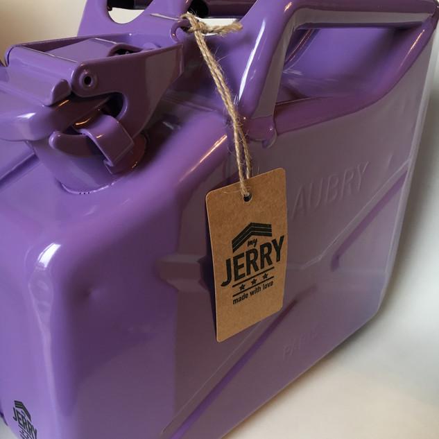 """My Jerry """"Velvet"""""""