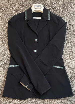 IT-42 Animo Black Bling Show Coat