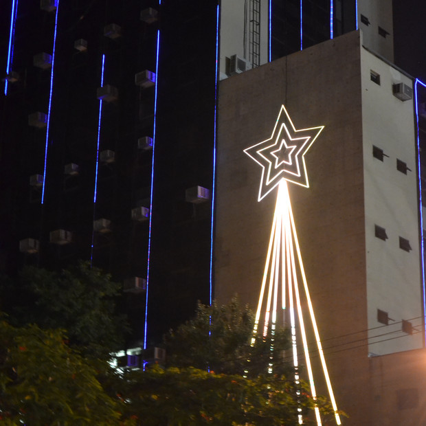 2015 - Iluminação de Natal do Banco Bonsucesso