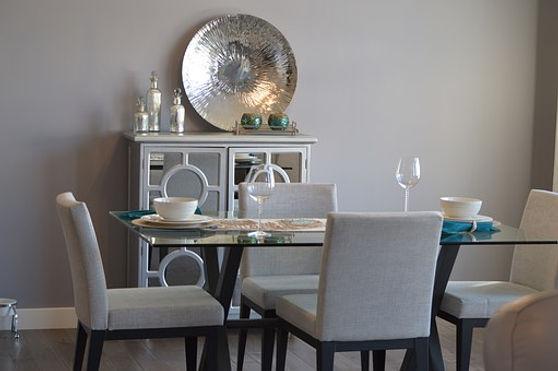 dining-room-1006525__340.jpg