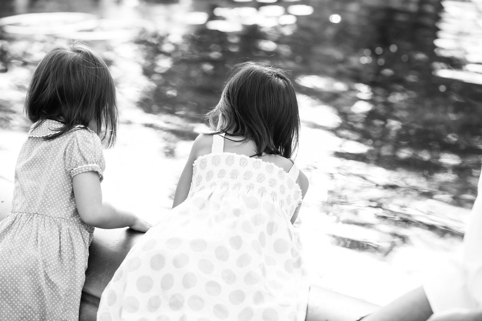 byrd-girls-by-the-fountain-2.jpg