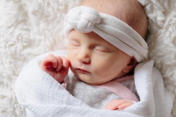 efp-newborn-baby-girl-haven-soft-horizon