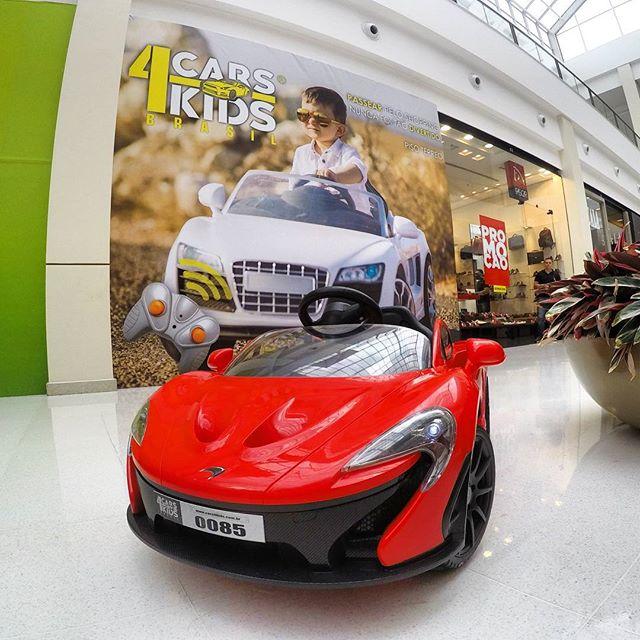McLaren P1, o mito automotivo está te esperando aqui no Iguatemi Brasília!__Tá esperando o que_ Dê a