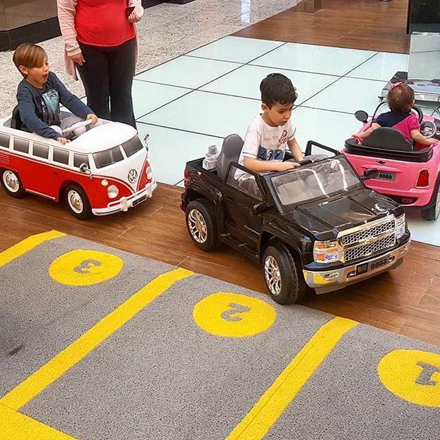 ☡ CARS4KIDS INFORMA ☡__Trânsito intenso de Mini Veículos no Balneário Shopping__Tá esperando o que _