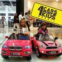 Olha o luxo delas abordo dos mini veiculos da CARS4KIDS__Tá esperando o que _ Vem pra cá e dê a larg