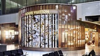Louis Vuitton открывают первый бутик в европейском аэропорту