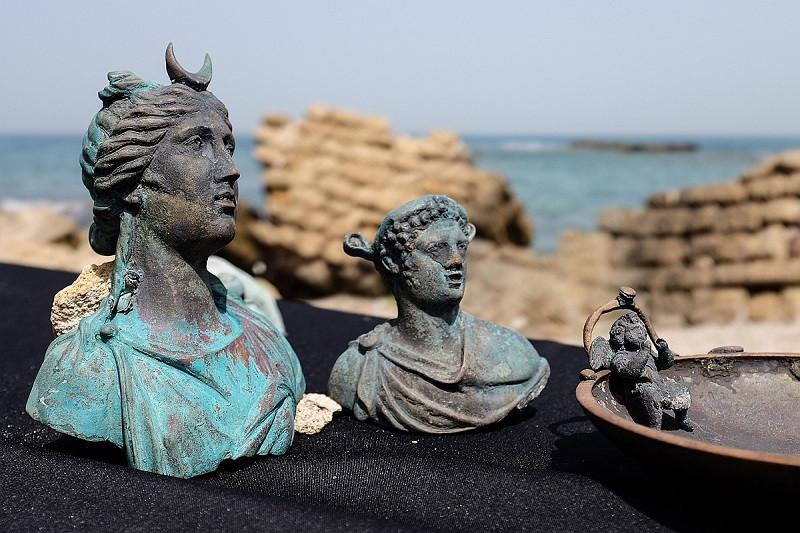У берегов Израиля обнаружили затонувший около 1,6 тыс. лет назад древний корабль Фото Zuma/TASS