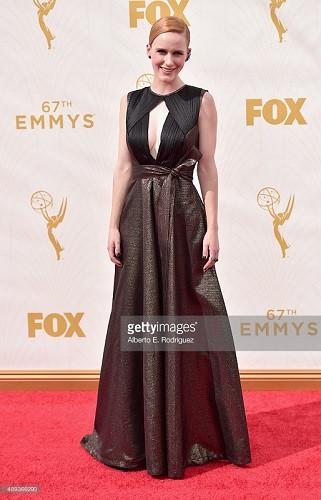 Удивительные «звезды»  на церемонии вручения 67-й премии Эмми в Лос Анджелесе