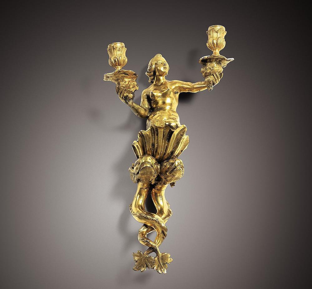 Бронзовый подсвечник (один из пары) с фигурой русалки. Италия, сер. XVIII века, эстимейт  €60 – 80 тыс