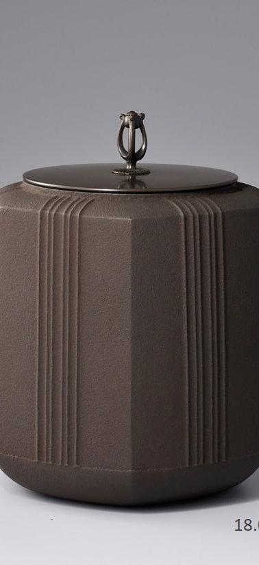 三代畠春斎❘2013日本伝統工芸金工展|六角釜|Hexagonal tea ceremony kettle