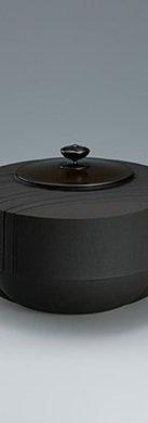 三代畠春斎❘2015日本伝統工芸展|流水文輪花釜|Lobed tea ceremony kettle with stream design