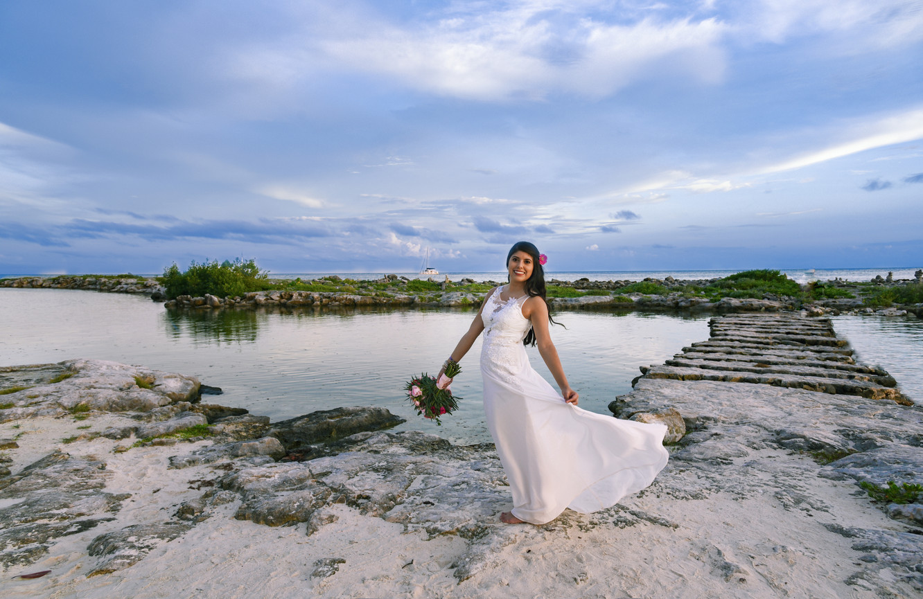 Bridal Photo At the Beach
