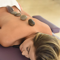 Massagem Relaxante Pedras Quentes