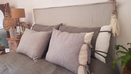 -Almohada Sam Lino (70 x 50 o 90 x 60) - Almohada Benicio canelón gris (70 x 50 o 90 x 60)