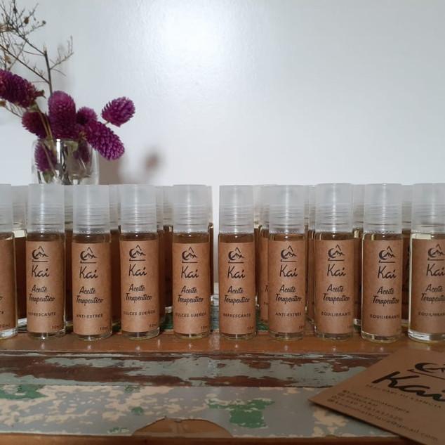 Aceite Teraopéutico Roll On, base de aceite de almendras