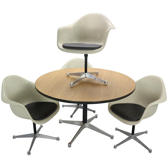 Set of 4 Bucket Swivel Chairs & Dinning Table by Charles Eames for Herman Miller