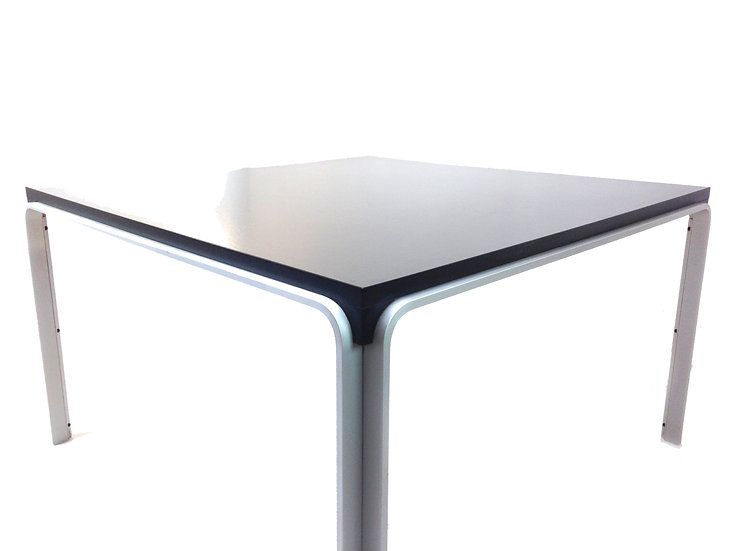 Sleek Dining Table by Pierre Mazairac for Pastoe, 1972