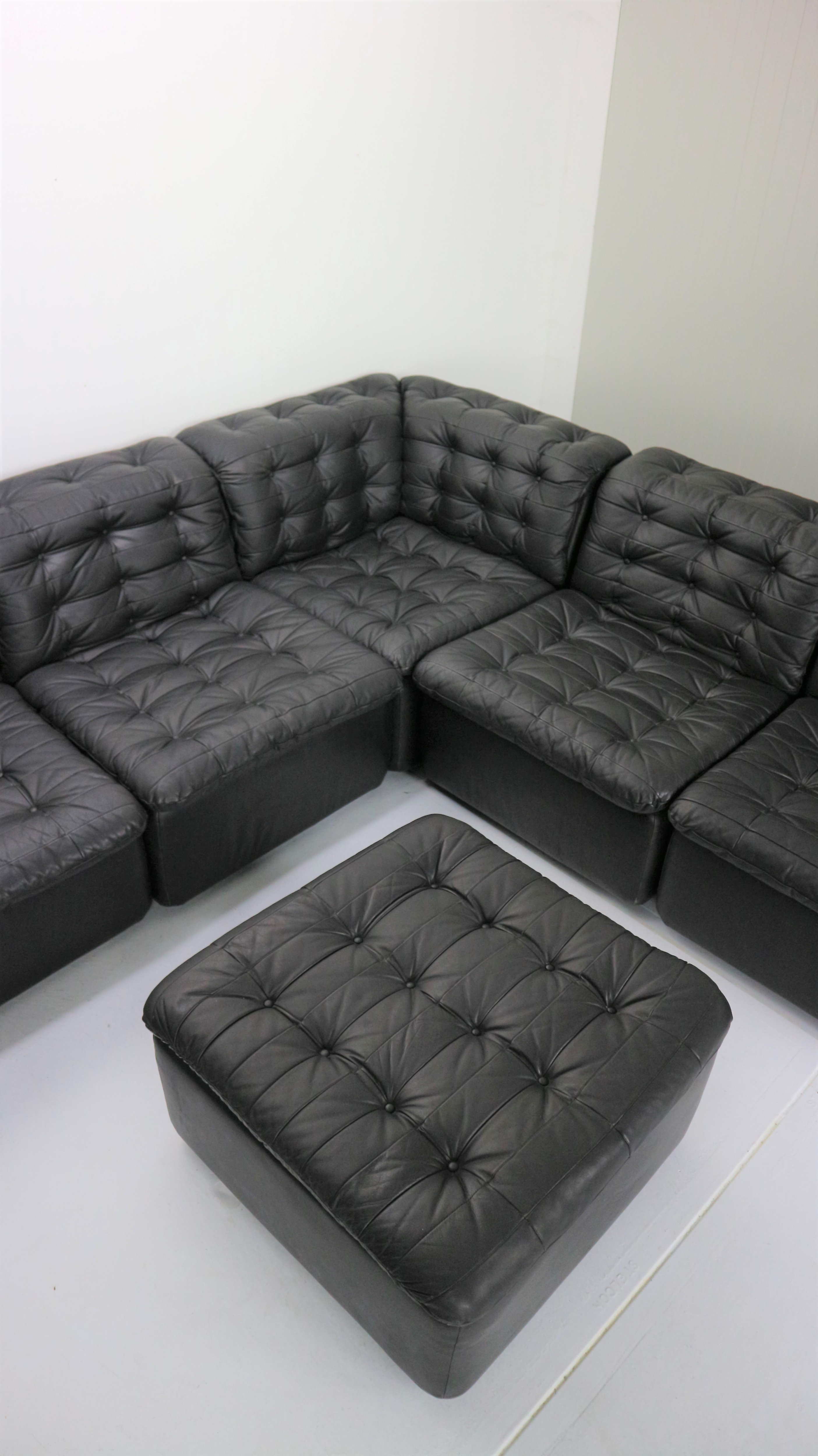 Mid-Century Modern Black Leather Sectional Seven-Seat Sofa, 1970s